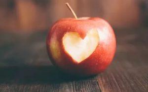 Яблоки оказались полезными для сердца
