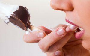 Зубная паста с зеленым чаем защитит чувствительные зубы