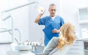 Как убрать брыли и избавиться от головной боли? Вам к стоматологу