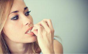 Названы привычки, которые портят внешность