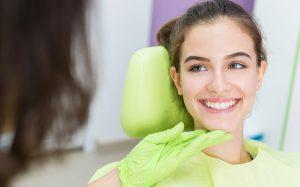 8 советов стоматологов тем, кто хочет встречаться с ними как можно реже