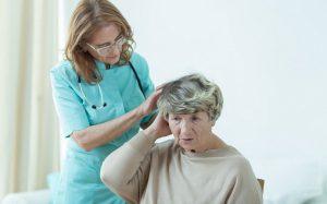 Инфекции кожи головы: виды, симптомы, лечение