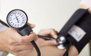 Нормальное давление крови при осмотре в клинике может скрывать гипертонию