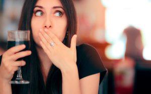 Отрыжка: 6 случаев, когда она требует особенного внимания