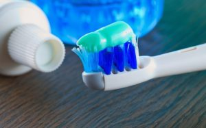 8 ошибок в уходе за зубами, которые могут стоить этих самых зубов