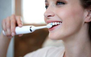 3 правила для красивых зубов, которые нужно соблюдать в любом возрасте