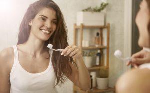 Вредные советы из рекламы: нужно ли чистить зубы после еды