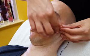 Когда мужчине следует воспользоваться услугами косметолога?